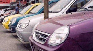Мировые рынки автомобилей в кризис падают, китайский растет