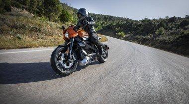 Harley-Davidson 2020 года. FXLRS, FLTRK иих друзья