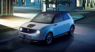 Серийный электромобиль Honda e оценили в 2,1 миллиона рублей
