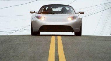 Электромобиль Tesla Roadster появится в продаже в 2009 году