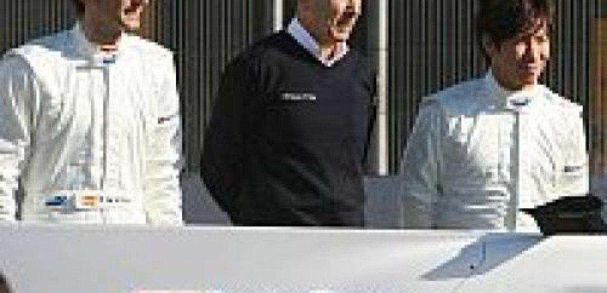 Педро де ля Роза становится призовым пилотом в команде Sauber