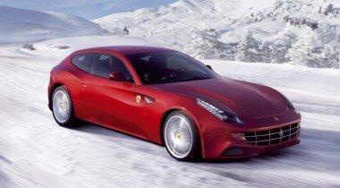 Ferrari FF в условиях русской зимы