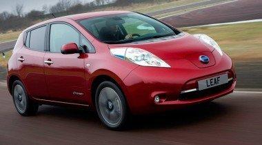 Nissan отмечает новые рекорды продаж Leaf