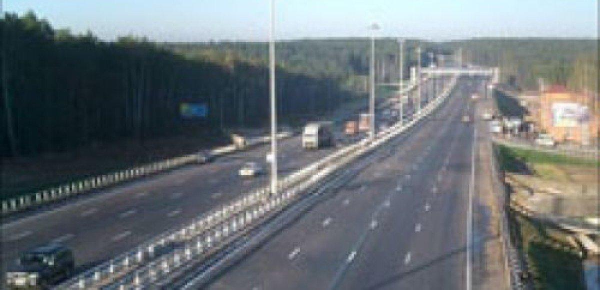 В Петербурге строители кольцевой автодороги перекрыли трассу
