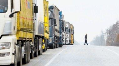 Грузовая блокада: кому помешали российские дальнобойщики