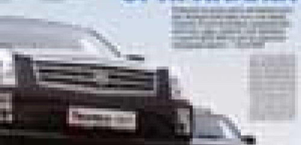 Cadillac SRX vs Acura MDX. Большие оригиналы