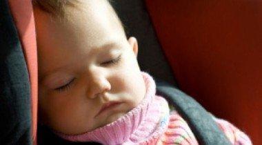 Австралийский автолюбитель пренебрег безопасностью ребенка в пользу пива