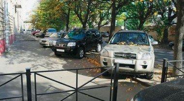 Всех нарушителей правил парковки – в черный список