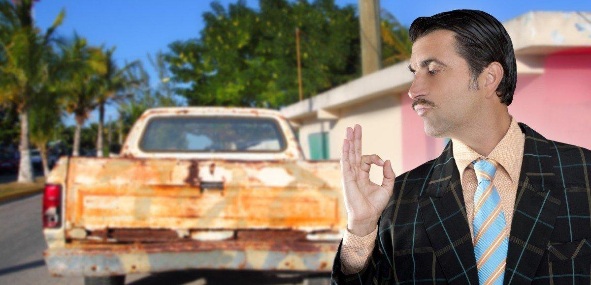 Продаем машину: как вычислить «перекупа» и не попасть на деньги