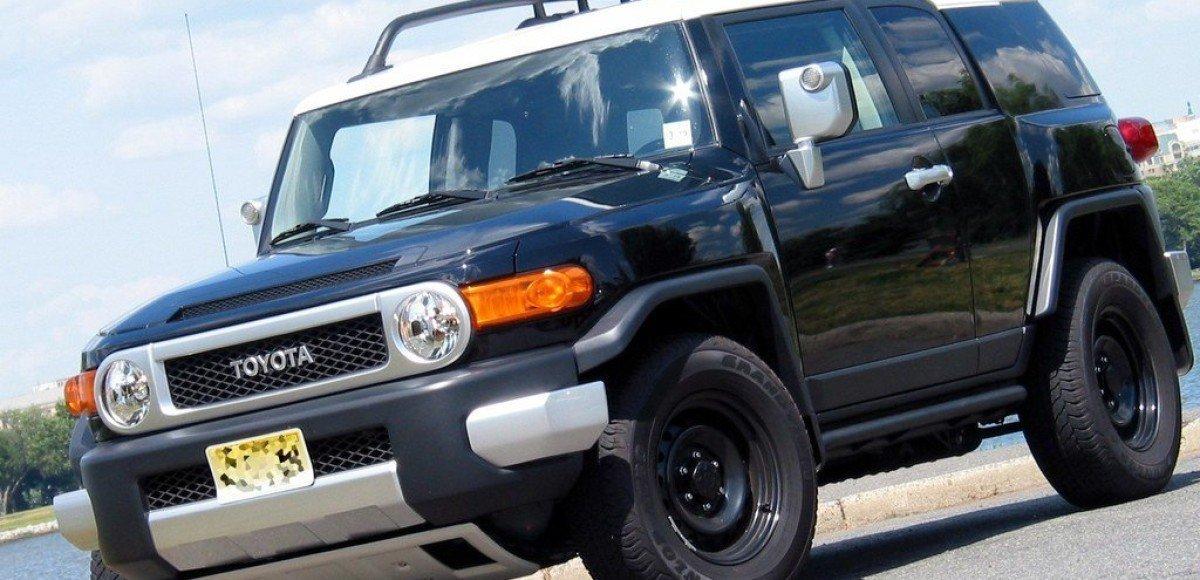 Toyota FJ Cruiser: японский крепыш