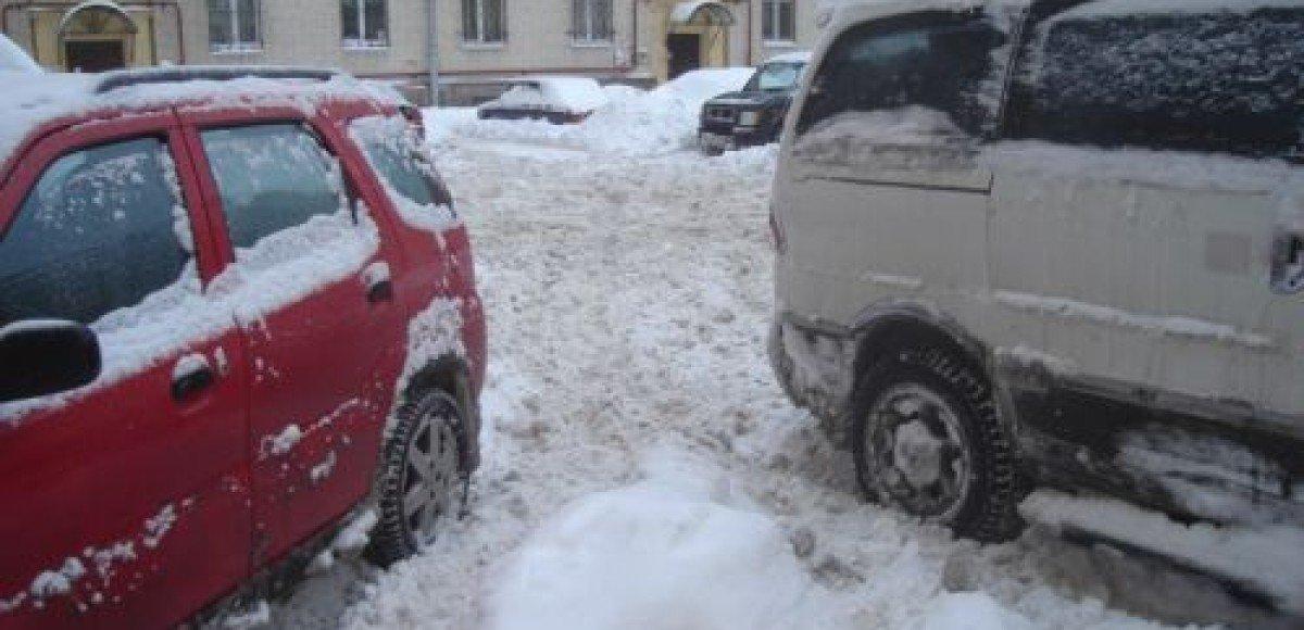 Скоро во дворах появятся парковки
