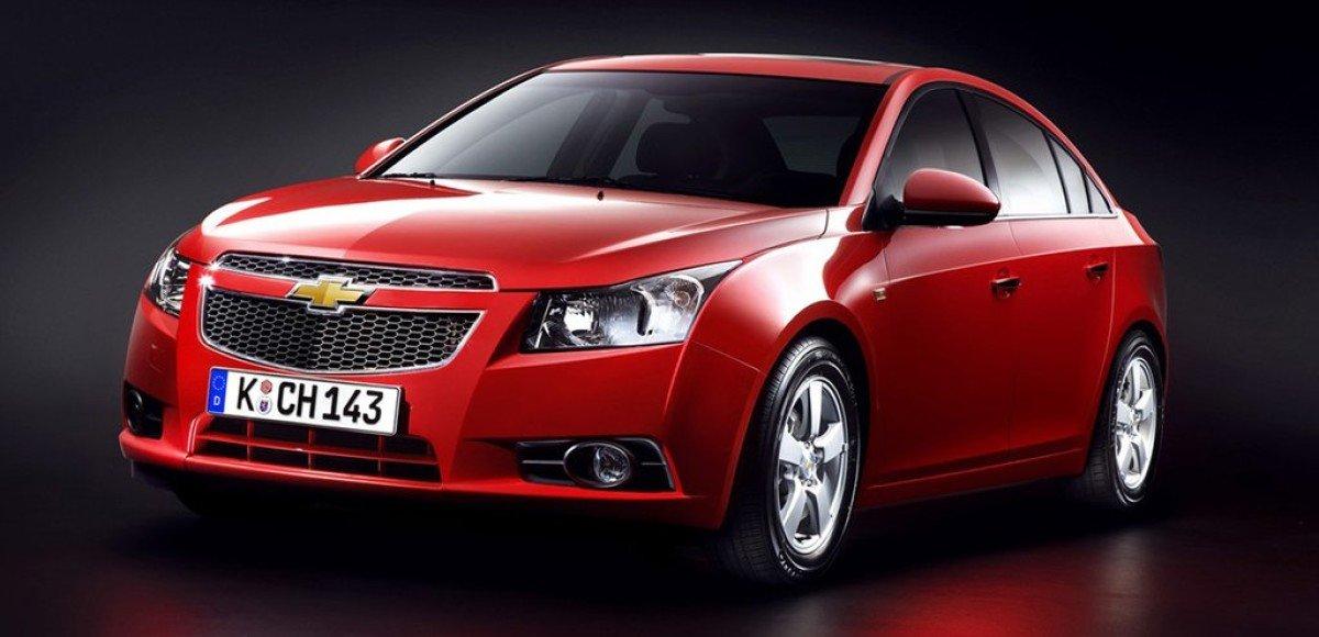 Chevrolet Cruze: С-класс с американским акцентом