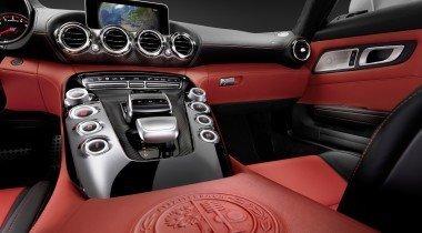 Новый спорткар Mercedes AMG GT покажут осенью