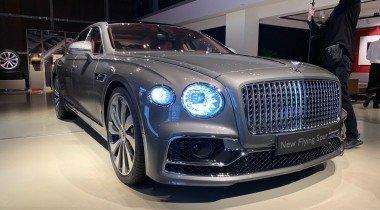 В Санкт-Петербурге показали новый Bentley Flying Spur