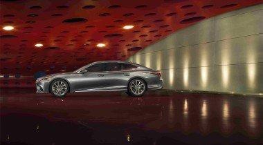 Lexus представляет новое поколение седана LS