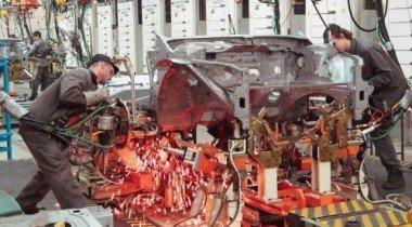 Завод Nissan под Петербургом возобновляет производство