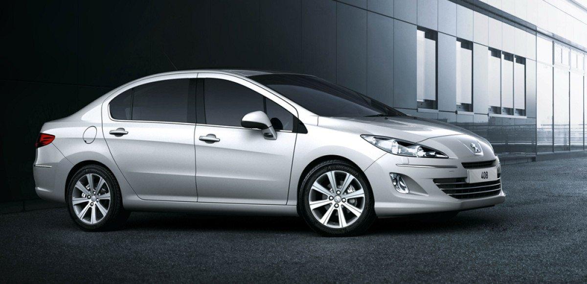 У Peugeot 408 появилась новая комплектация