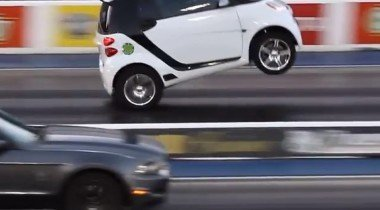 Автомобильные курьёзы: лучшие видео