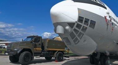 Вертолёт Aurus и другие «автопремьеры» выставки MAKS-2019