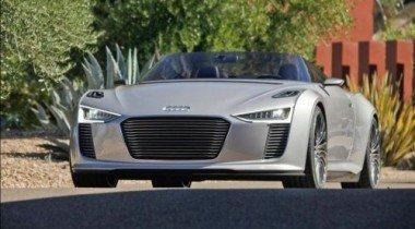 Audi показала фотографии нового гибридного родстера e-tron Spyder