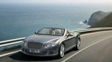 Компания Bentley официально представила кабриолет Continental GTC