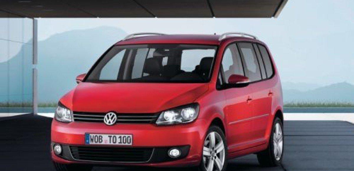 Volkswagen Touran теперь доступен с новым двигателем 1,4 TSI