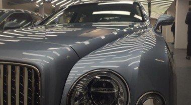 Bentley показала новинки в Москве