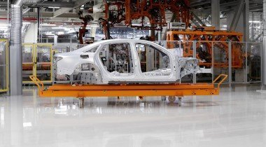 Новая Audi A8: алюминий, магний и карбон