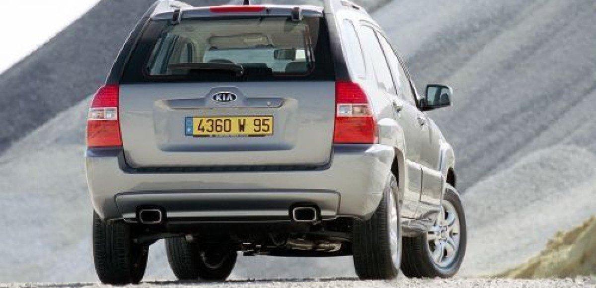 У петербуржца угнали новый автомобиль во время оформления в МРЭО