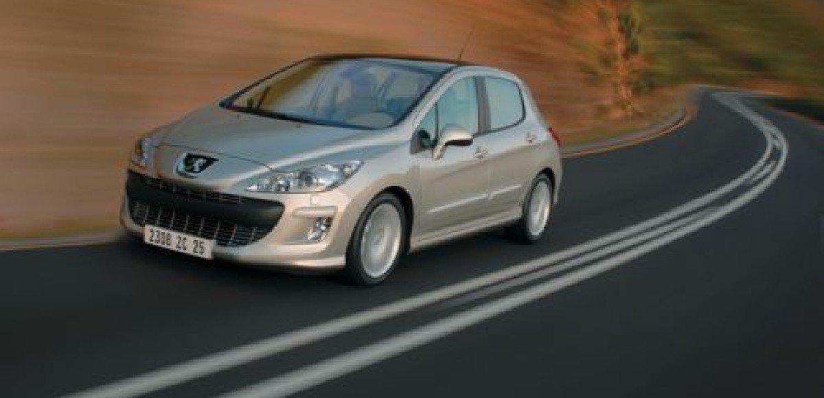 В России стартовали продажи Peugeot 308