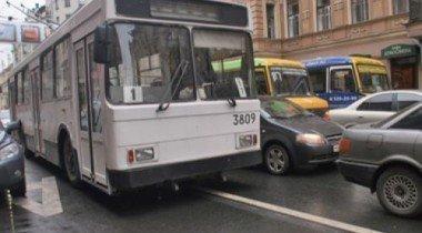 В Москве проложат 300 километров полос для общественного транспорта
