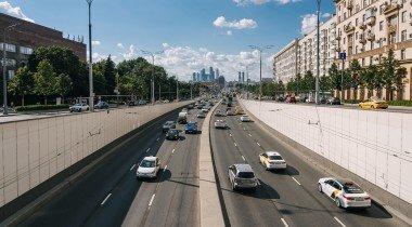 Автомобили в России подорожали в два раза за четыре года