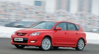 Названа самая недорогая самая быстрая машина в России