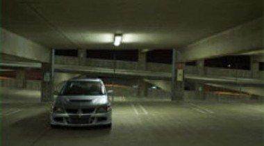 Свои автомобили немцы паркуют прямо в квартирах