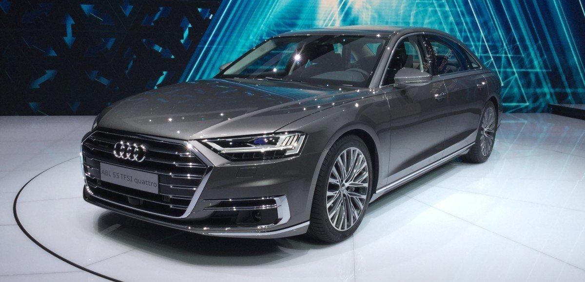 Новая Audi A8 живьём: что мы увидели во Франкфурте
