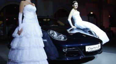 Компания Porsche Russland выступила в качестве автомобильного партнера «Венского Бала»