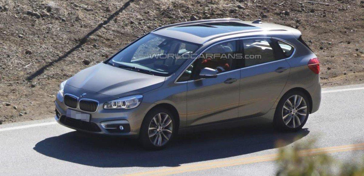 В сети появились фотографии компактвэна BMW