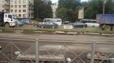 В Санкт-Петербурге закрыли для транспорта Приморское шоссе
