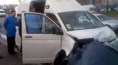 На Украине идет расследование дела о громком ДТП с участием машины из кортежа Януковича