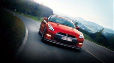 Nissan представил обновленный спорткар GT-R