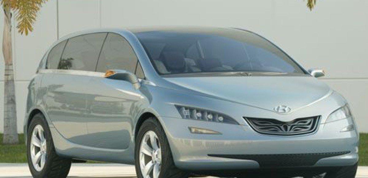 Hyundai выпустит новый кроссовер Portico
