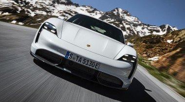 Porsche Taycan: на автосалоне во Франкфурте представлен конкурент Tesla Model S