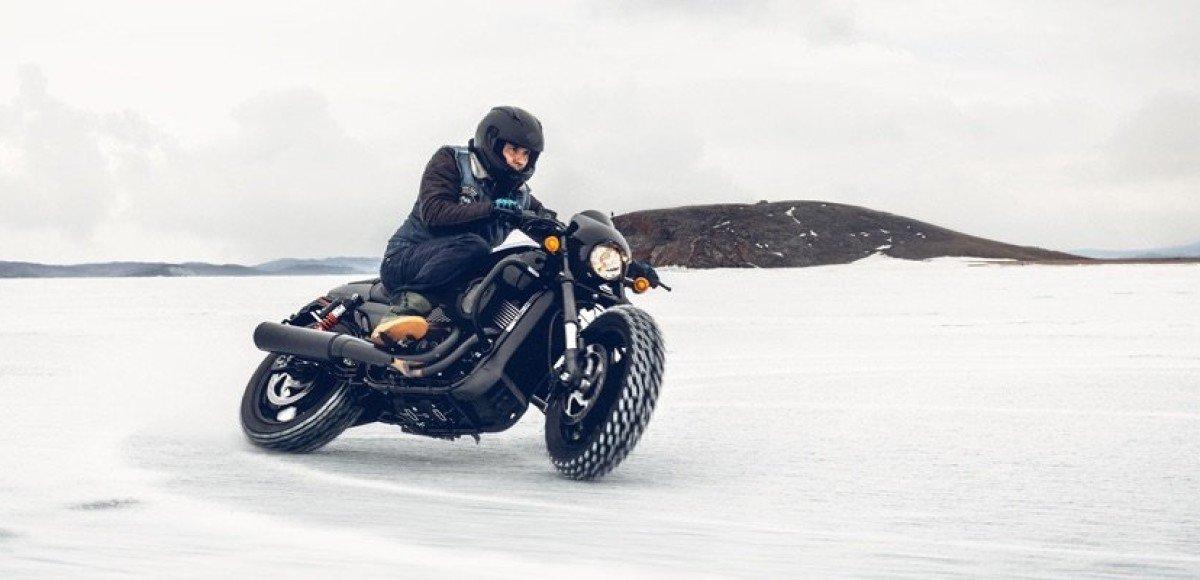 Harley-Davidson на льду: на Байкале прошел первый заезд Baikal Ice Harley Challenge