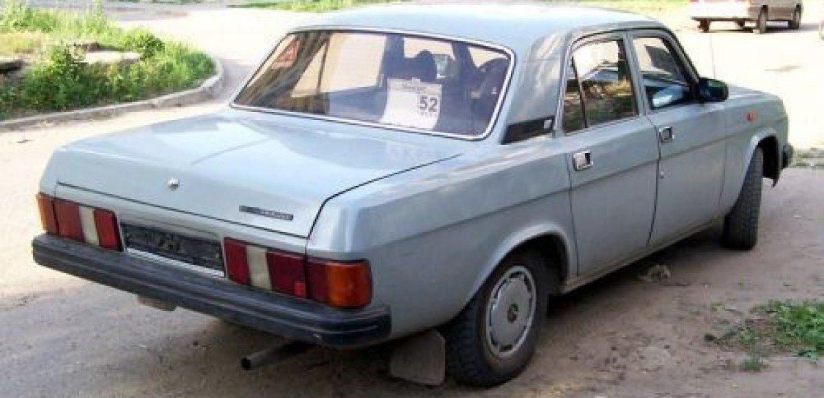 В Нижнем Новгороде нашли угнанную «Волгу» с мумией в багажнике