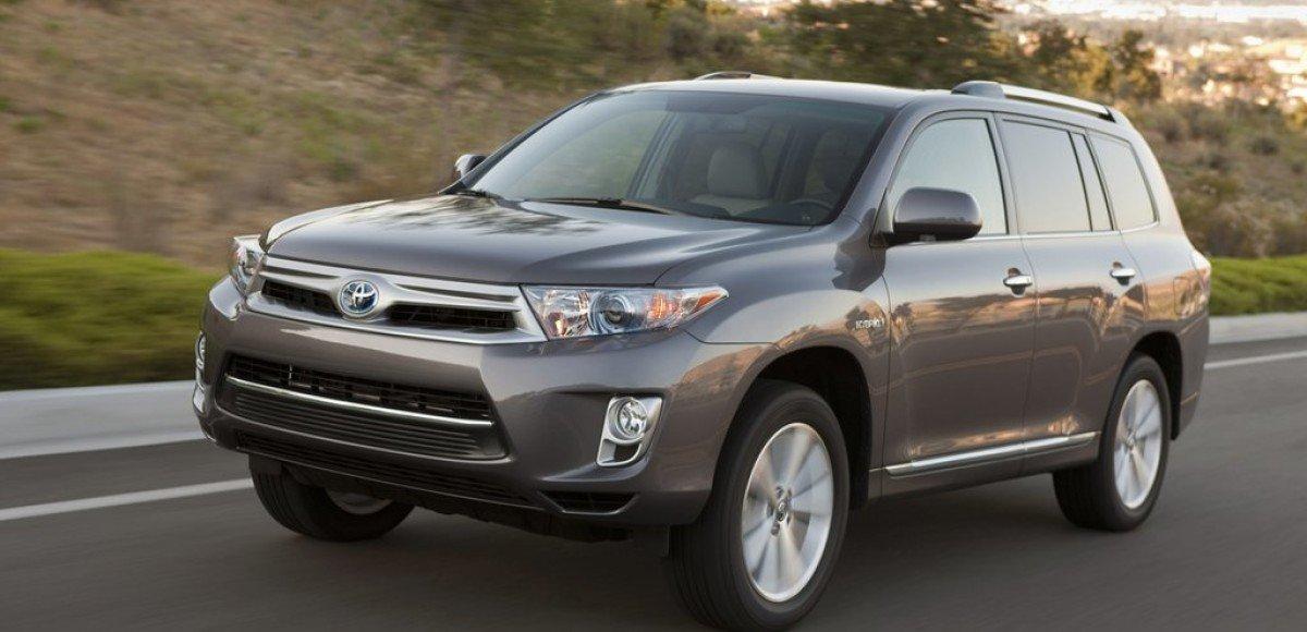 Оптимальный кроссовер Toyota Highlander