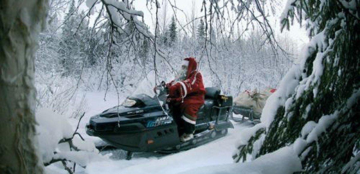 Привет от Деда Мороза доставят на снегоходах
