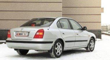 Hyundai Elantra. Искусство перевоплощения