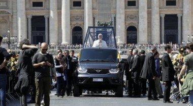 УАЗ Пикап для Папы Римского