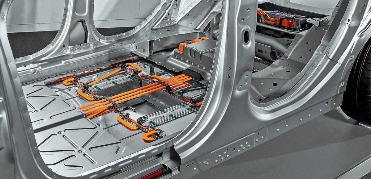 Смартфон на колесах: как устроен Jaguar I-Pace