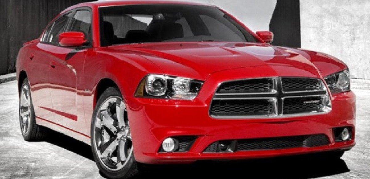 Dodge Charger 2011. Обзор модели